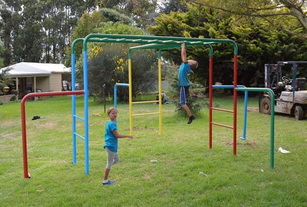 Cubbykraft Australia Monkey Bars Playground Equipment